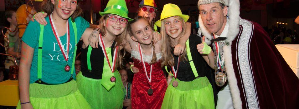 Tieners starten Carnaval in Bukkersgat